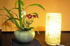 客室内にはお洒落な間接照明